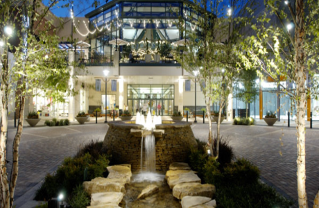 The_Woodlands_Mall_(Stern_and_Associates)_1